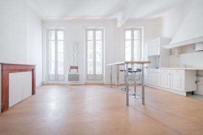 Longchamps : Appartement de type 3 : 60 m² habitable.