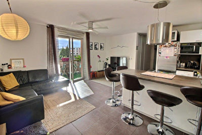 Allauch La Pounche - Appartement Type 3 avec terrasse, double box et place de parking