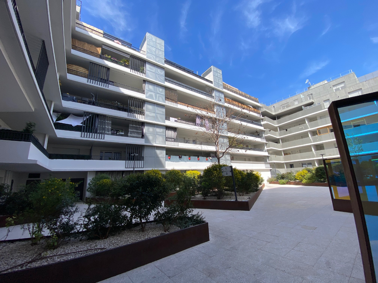 Quartier Saint Lazare Appartement type 2, terrasse et parking