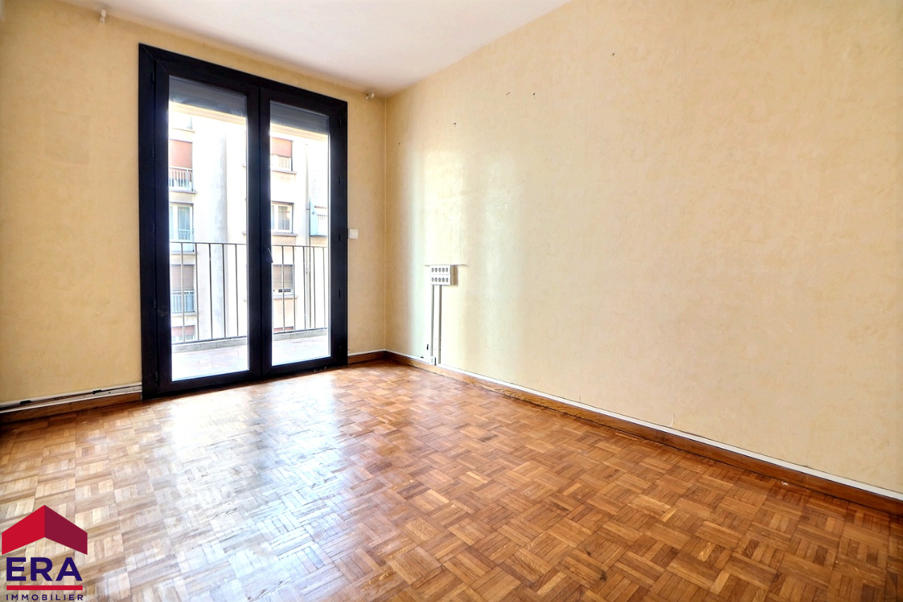 APPARTEMENT TYPE 4 SECTEUR  JOLIETTE FORBIN  / BD PARIS 83m ²